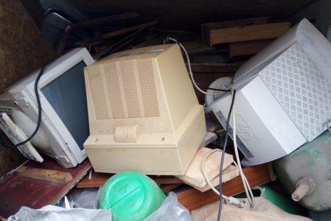 Купуваме монитори кинескопи – 0895 2222 75